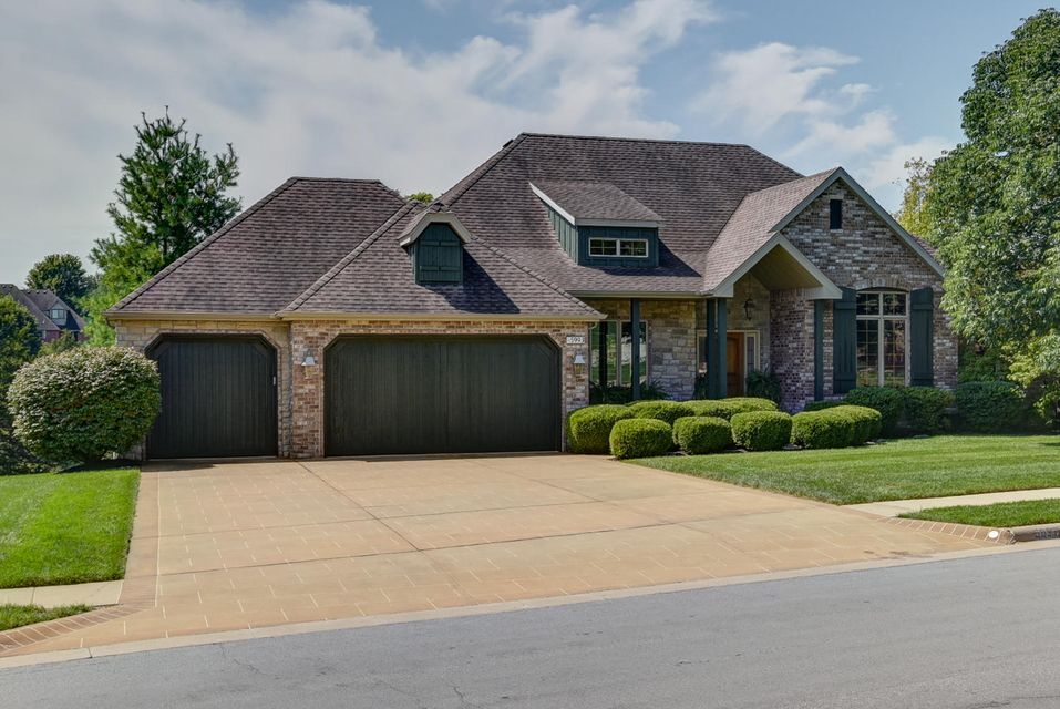 5993 South Brightwater Trail Springfield, MO 65810