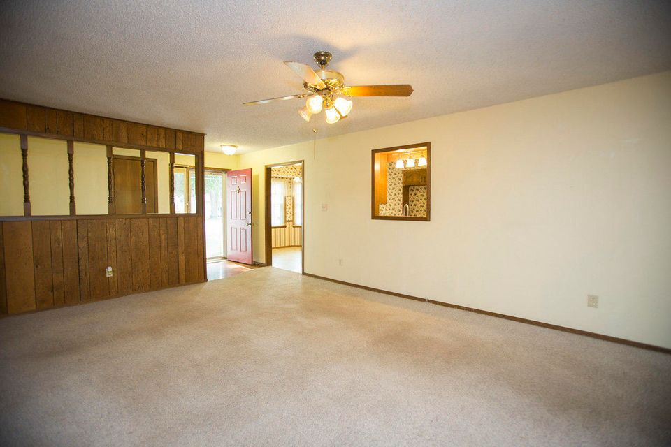 3665 South Hillcrest Avenue Springfield, MO 65807