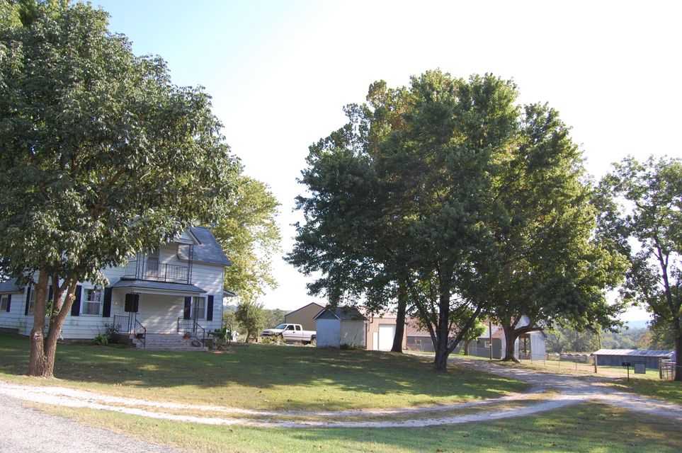 4540  Flat Creek Road Cape Fair, MO 65624