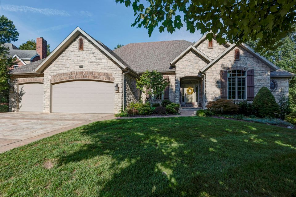 2465 South Forrest Heights Avenue Springfield, MO 65809
