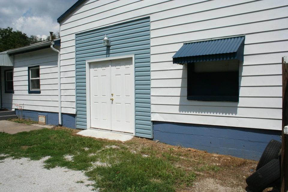 301 West Evergreen Strafford Mo 65757 Unit A B