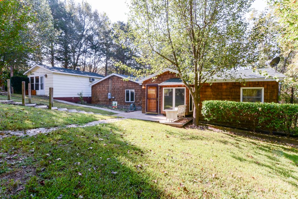 27535  Hock Lane Eagle Rock, MO 65641