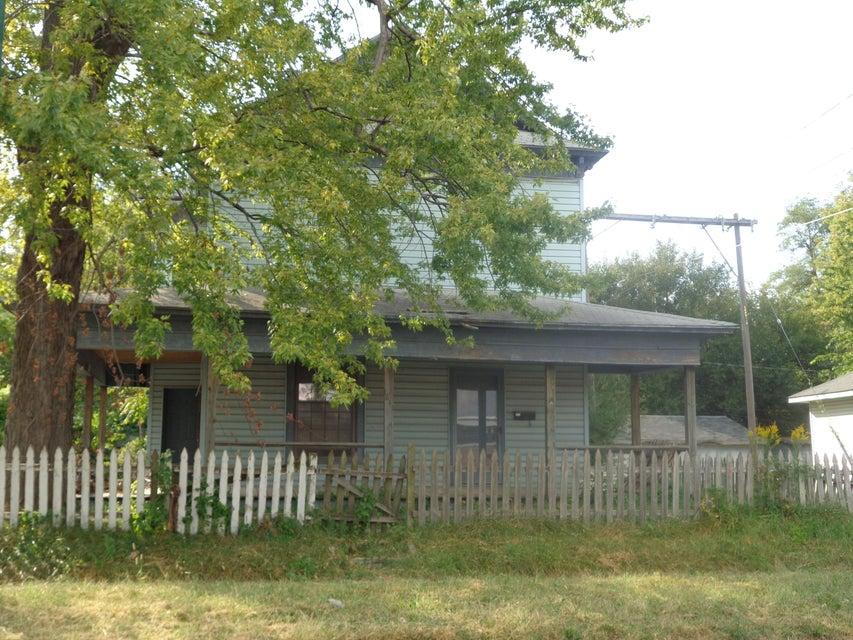 1841 North Broadway Avenue Springfield, MO 65803