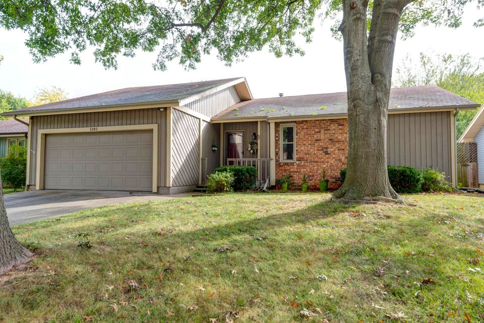 1342 South Sieger Drive Springfield, MO 65804