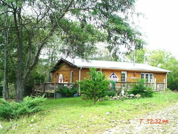 1251  Great View Rd. Highlandville, MO 65669