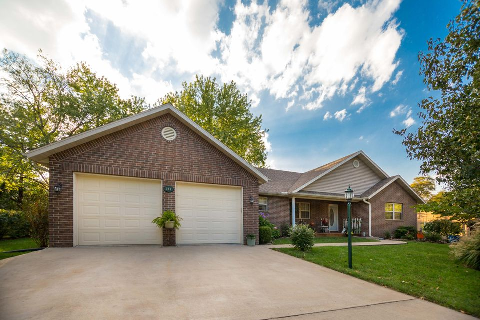 241  Greenbrier Lane Hollister, MO 65672