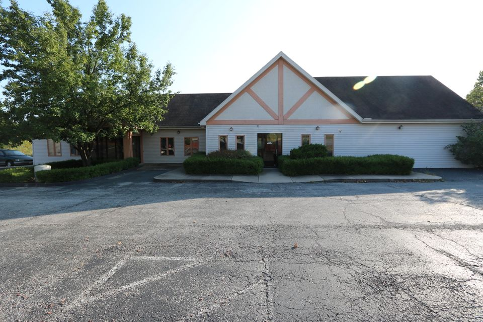118  State Drive Hollister, MO 65672
