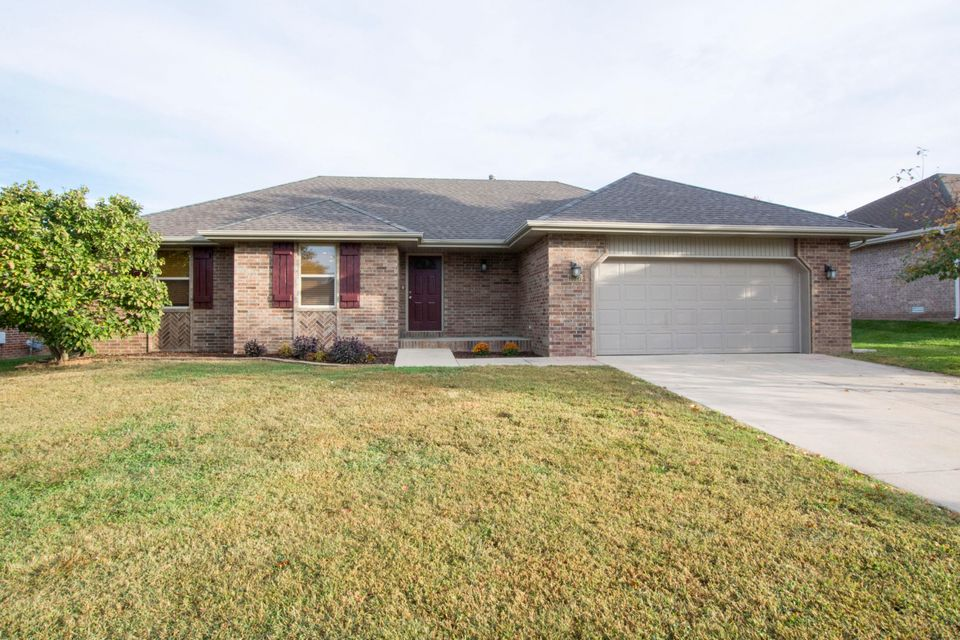 3527 West Vincent Drive Springfield, MO 65810