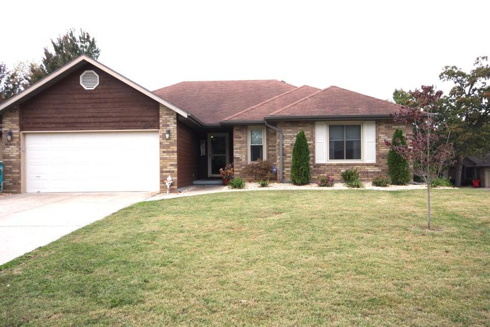 4305 South Oak Avenue Springfield, MO 65804