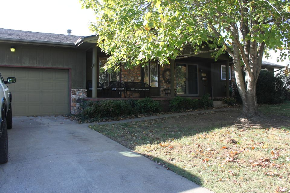 2851 South Claremont Avenue Springfield, MO 65804
