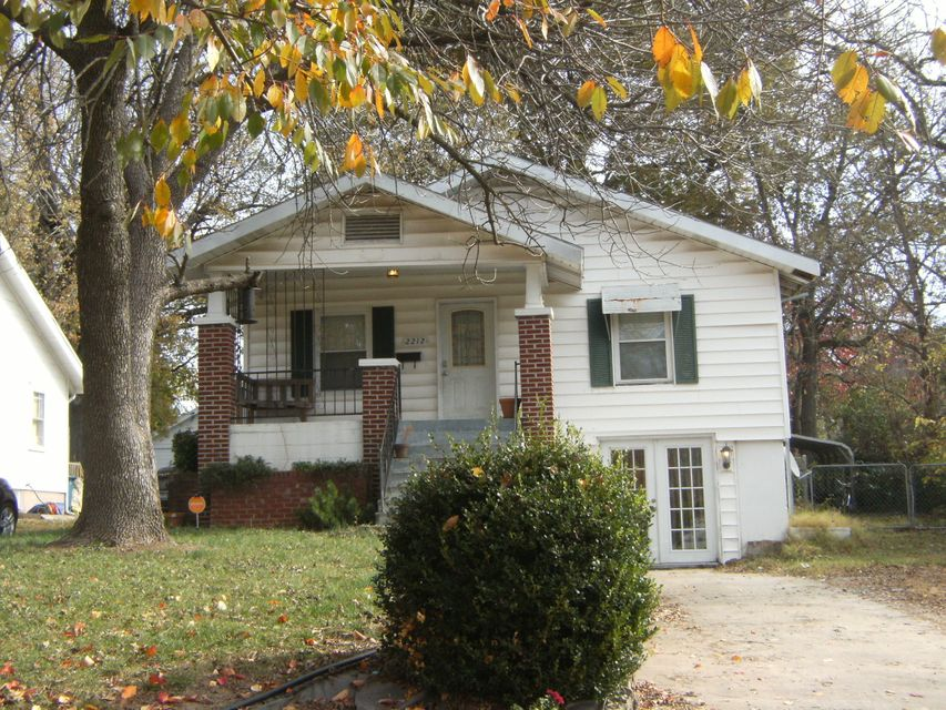 2212 North Franklin Avenue Springfield, MO 65803