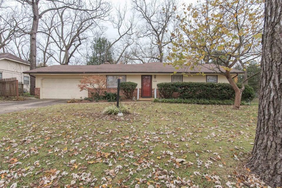 828 West Rockwood Street Springfield, MO 65807