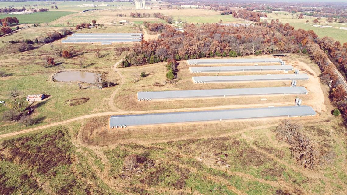 8505  Farm Road 2140 Cassville, MO 65625