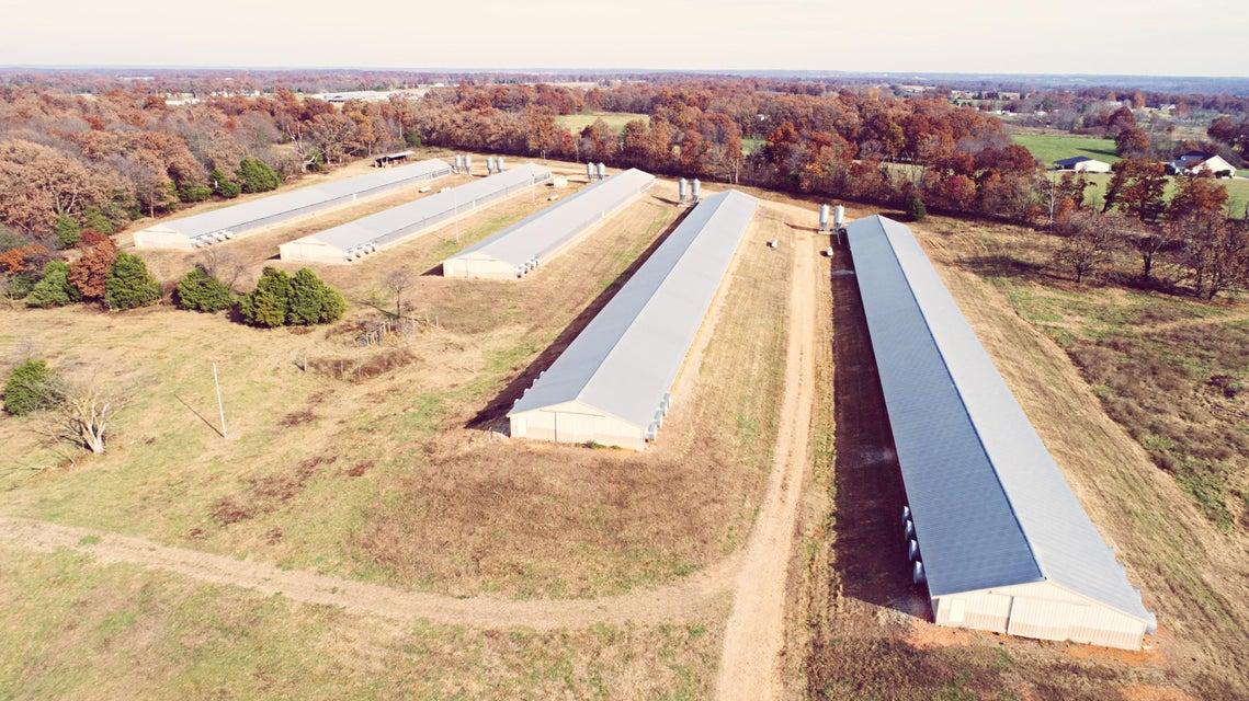14292  Farm Road 1085 Cassville, MO 65625