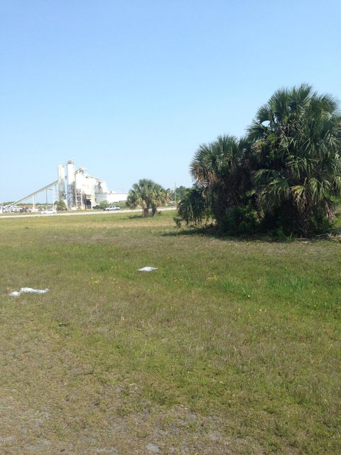 Additional photo for property listing at Grissom Grissom Cocoa, Florida 32922 Förenta staterna