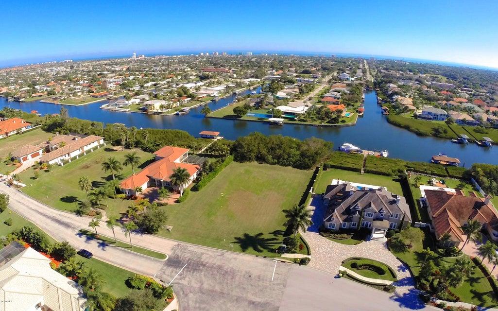 Terrain pour l Vente à 258 Lansing Island 258 Lansing Island Satellite Beach, Florida 32937 États-Unis