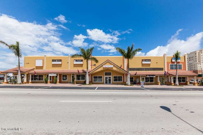 Commercial for Sale at 226 King Street 226 King Street Cocoa, Florida 32922 United States