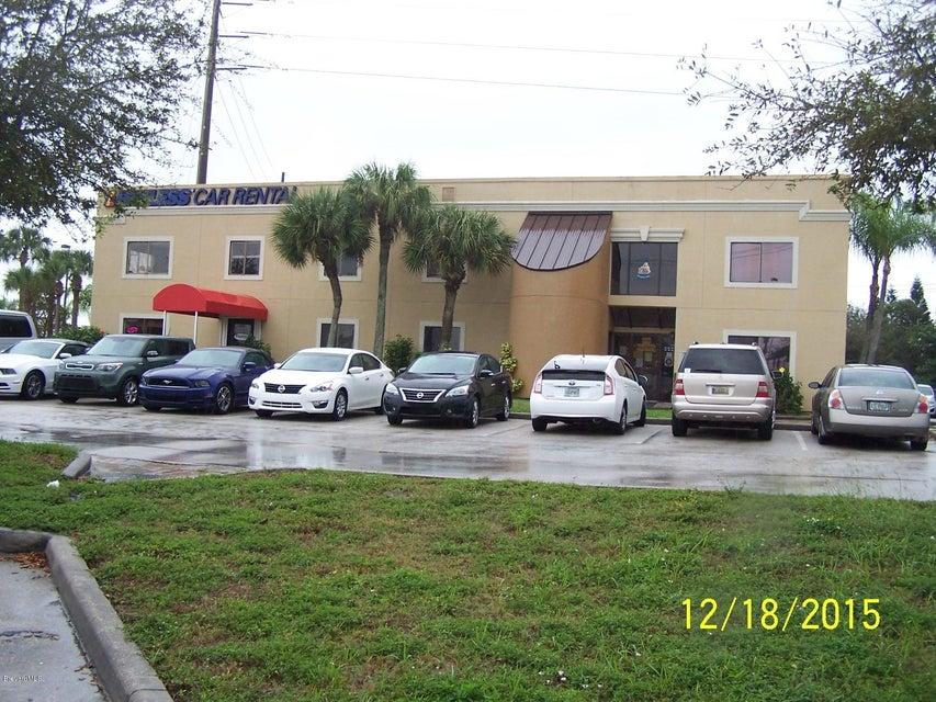 Comercial por un Venta en 99 George J King Boulevard Cape Canaveral, Florida 32920 Estados Unidos