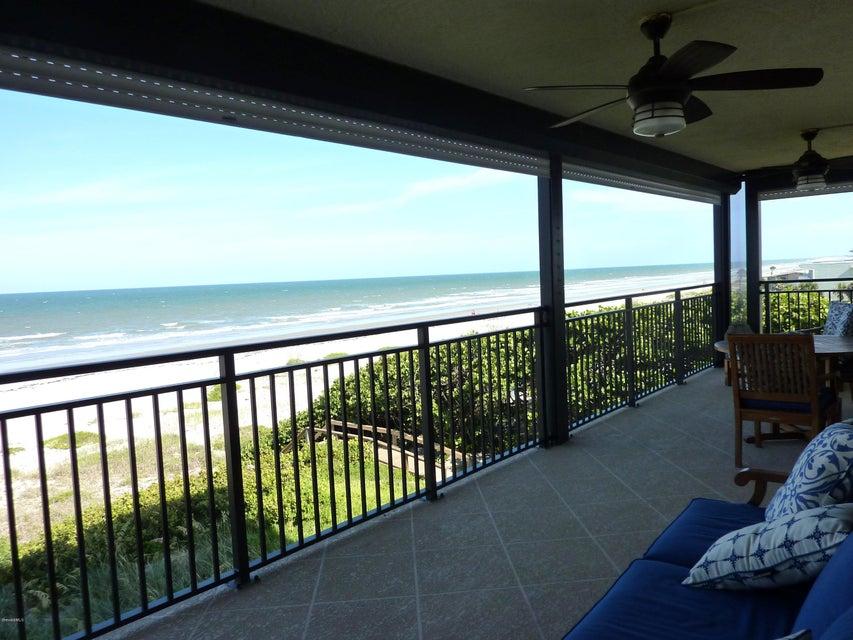 Copropriété pour l Vente à 2375 S Atlantic Cocoa Beach, Florida 32931 États-Unis