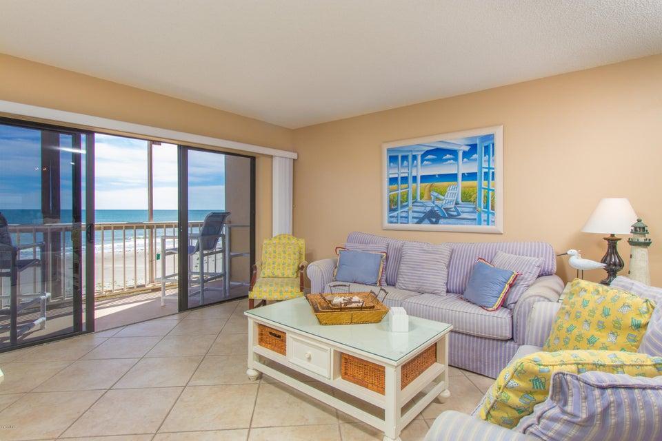 Casa para uma família para Locação às 15 N Atlantic 15 N Atlantic Cocoa Beach, Florida 32931 Estados Unidos