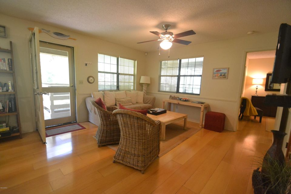 Additional photo for property listing at 4595 Myrtle 4595 Myrtle Edgewater, フロリダ 32141 アメリカ合衆国