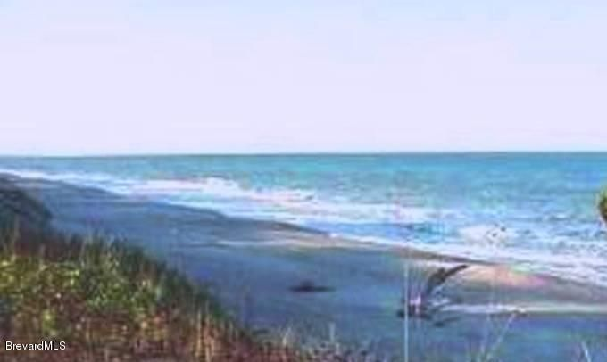Additional photo for property listing at 3217 E Highway A1a 3217 E Highway A1a Melbourne Beach, Florida 32951 Estados Unidos