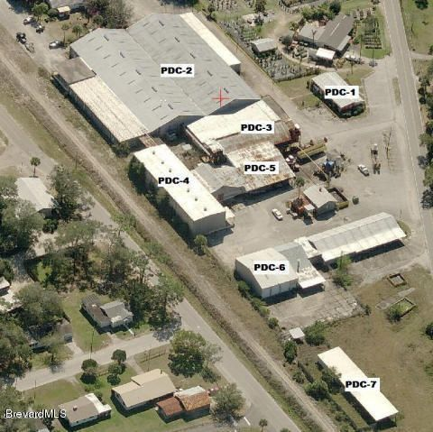 Commercial for Sale at 3320 Main Street 3320 Main Street Mims, Florida 32754 United States