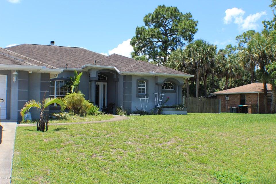 902 Nele Avenue, Palm Bay, FL 32907
