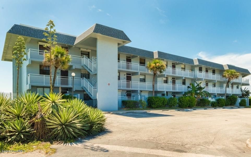 2101 S Atlantic Avenue 308, Cocoa Beach, FL 32931
