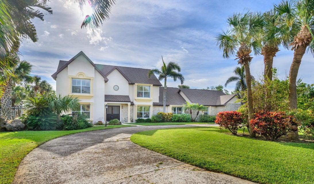 201 Fir Avenue, Melbourne Beach, FL 32951