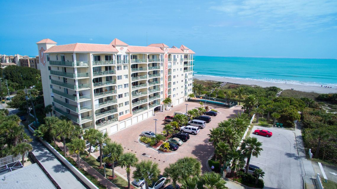 Copropriété pour l Vente à 420 Harding Cocoa Beach, Florida 32931 États-Unis