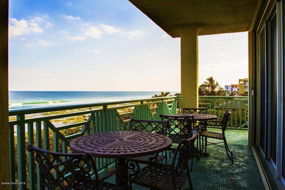 1431 S Atlantic Avenue 303, Cocoa Beach, FL 32931