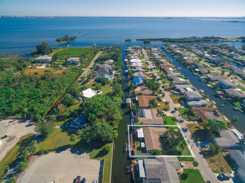 1590 Richardson Road, Merritt Island, FL 32952