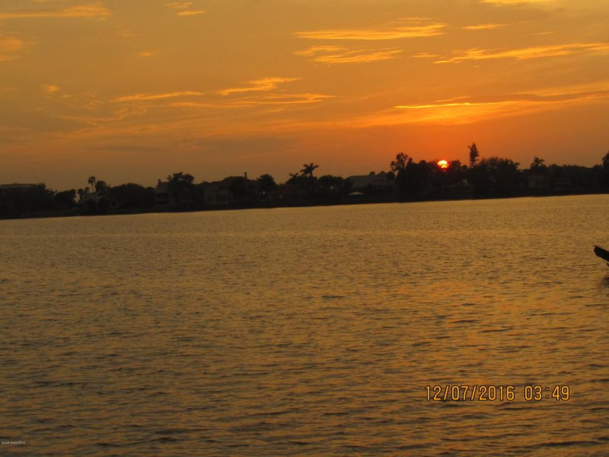 Земля для того Продажа на 135 Lansing Island Indian Harbour Beach, Флорида 32937 Соединенные Штаты
