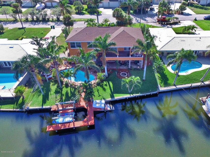 137 Bahama Boulevard, Cocoa Beach, FL 32931