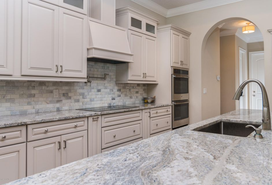 Additional photo for property listing at 60 Hill Top 60 Hill Top Rockledge, Florida 32955 Estados Unidos