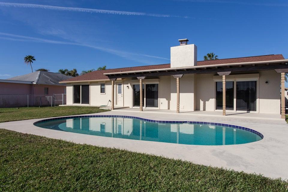 46 Country Club Road, Cocoa Beach, FL 32931