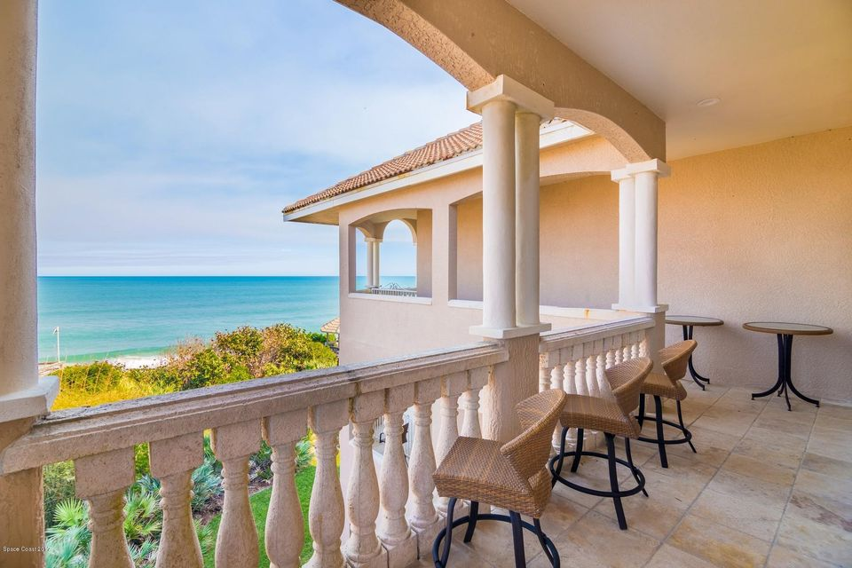 Single Family Home for Sale at 8325 S Highway A1a 8325 S Highway A1a Melbourne Beach, Florida 32951 United States