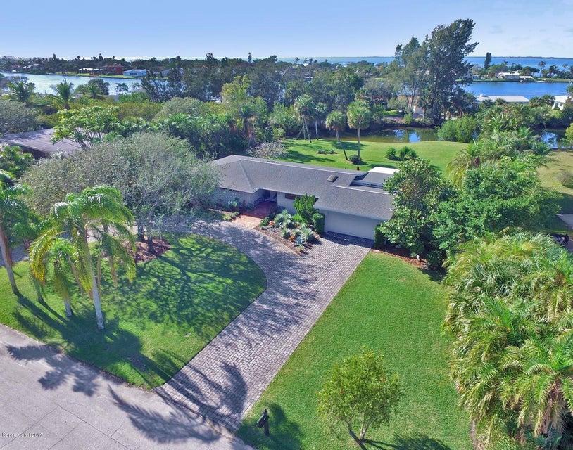 70 West Bay Drive, Cocoa Beach, FL 32931