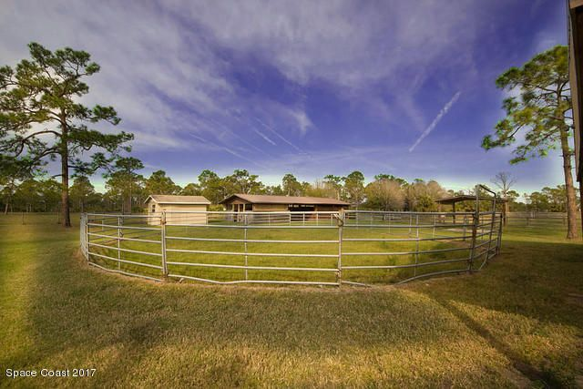 Additional photo for property listing at 2040 Benjamin 2040 Benjamin Malabar, Florida 32950 Usa