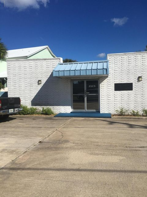 Commercial for Rent at 2223 S Washington 2223 S Washington Titusville, Florida 32780 United States