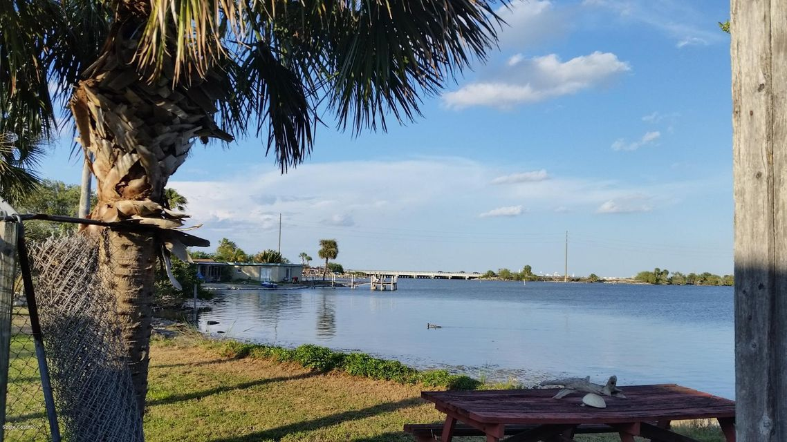 Commercial for Sale at 160 S Banana River Drive 160 S Banana River Drive Merritt Island, Florida 32952 United States