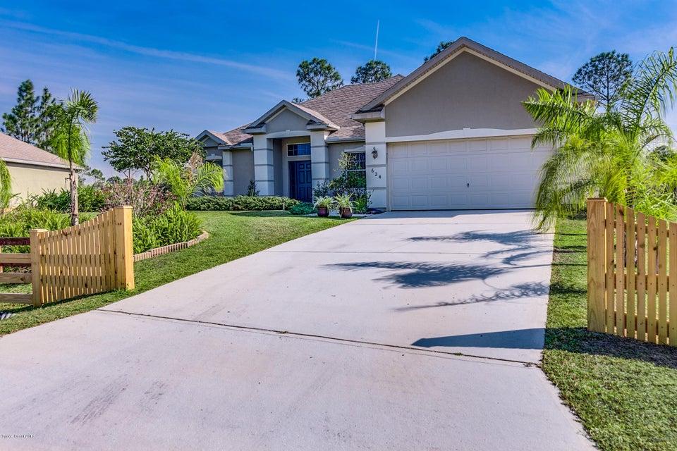 624 Floyd Street, Palm Bay, FL 32909