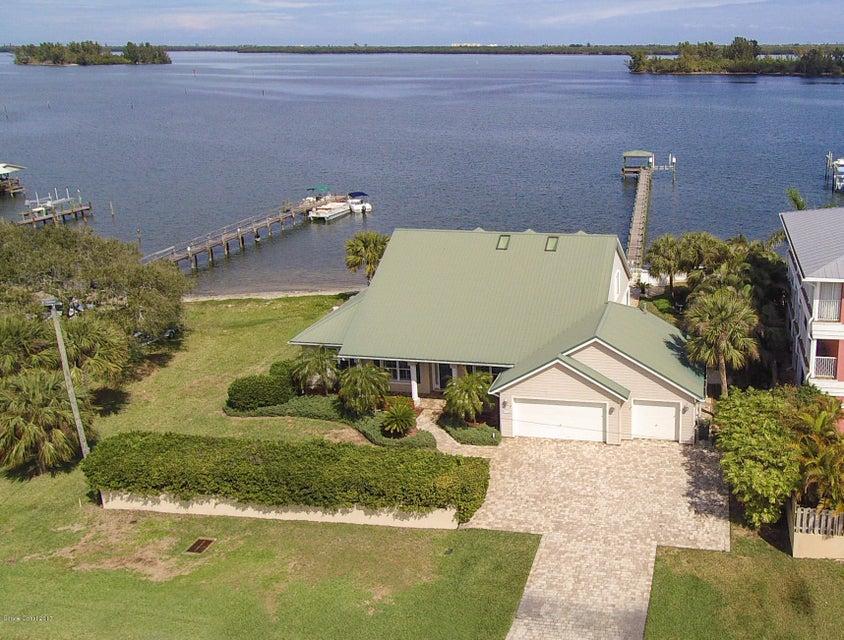 Maison unifamiliale pour l Vente à 5315 Highway 1 Grant Valkaria, Florida 32949 États-Unis
