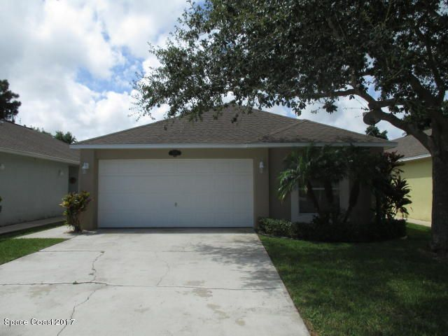 2205 NE Redwood Circle, Palm Bay, FL 32905