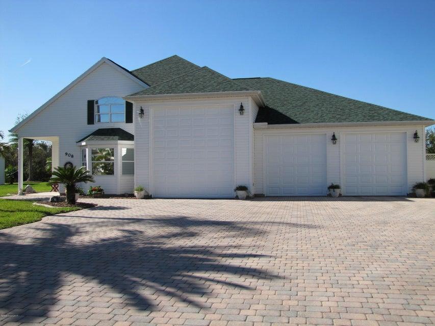 908 Grande Haven Drive, Titusville, FL 32780