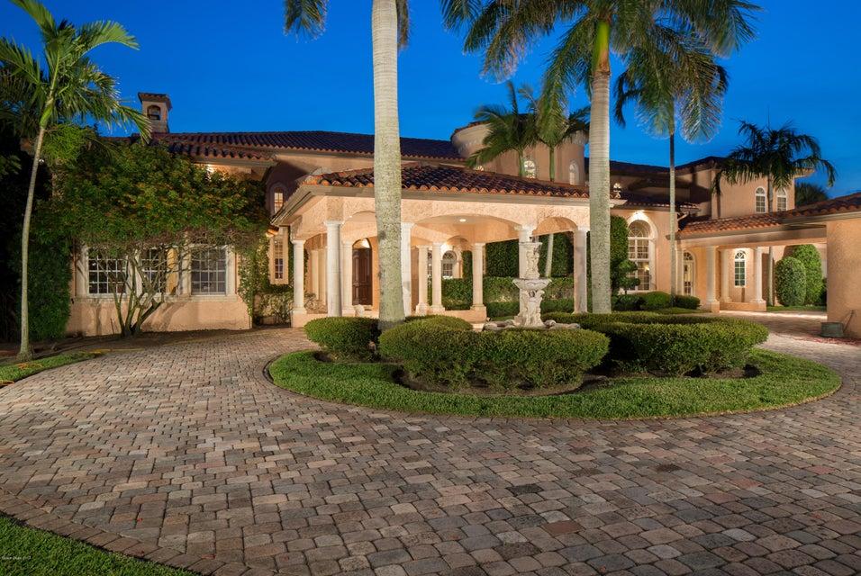 Maison unifamiliale pour l Vente à 400 S Riverside Indialantic, Florida 32903 États-Unis