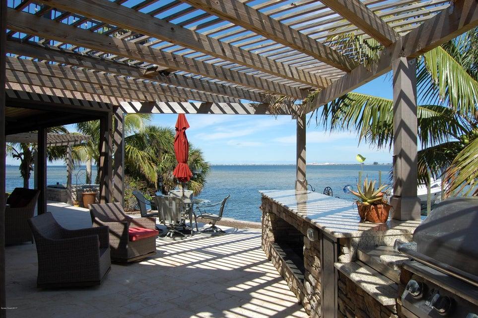 8050 S Tropical Trl, Merritt Island, FL 32952