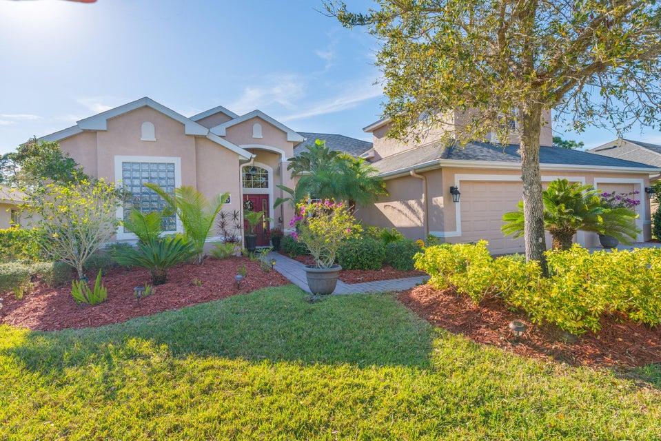 217 Brandy Creek Circle, Palm Bay, FL 32909