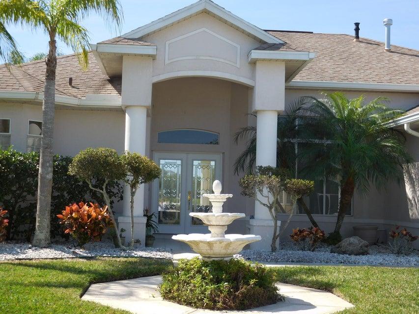 2260 Brightwood Circle, Rockledge, FL 32955